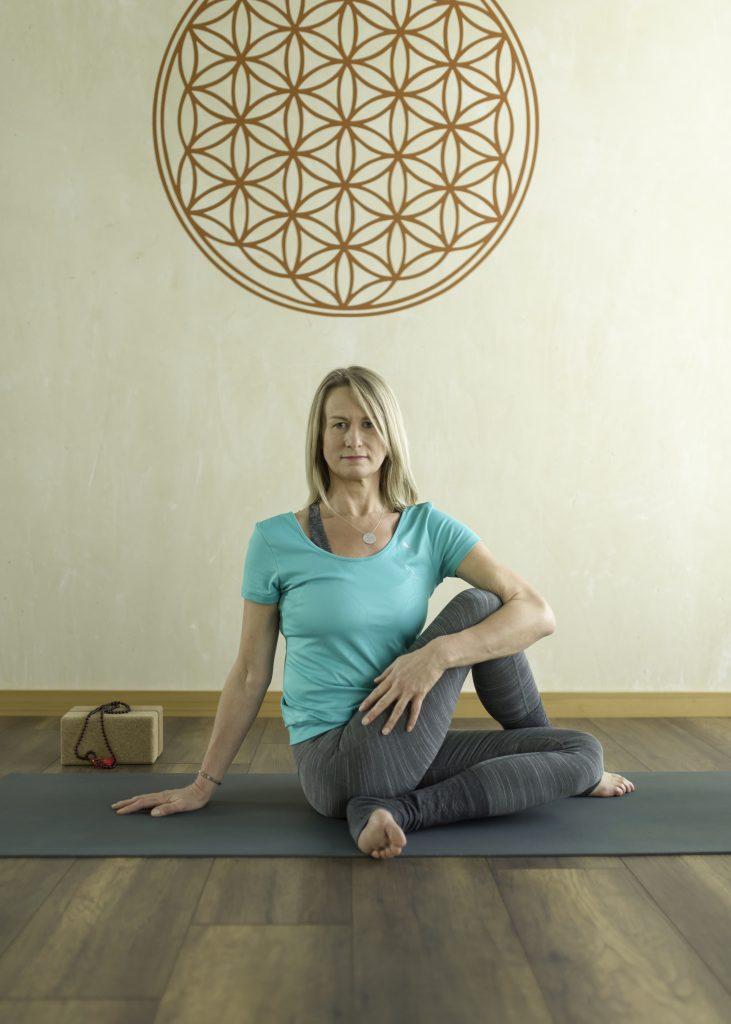 Ilona Hillert - Yogalehrerin
